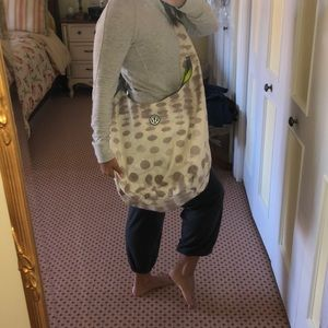 lululemon yoga gym messenger bag